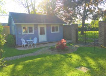 Thumbnail 1 bed bungalow to rent in Hamhaugh Island, Shepperton