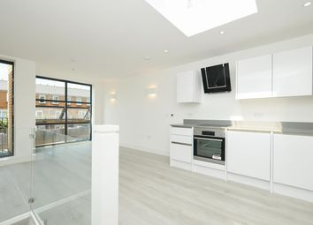 Thumbnail 2 bed terraced house for sale in Crossway, Stoke Newington, London