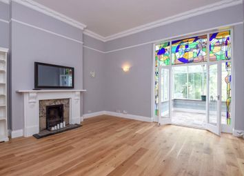 Thumbnail 2 bedroom flat to rent in Buckland Crescent, Belsize Park NW3,