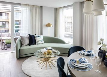 Thumbnail 2 bed flat for sale in Borough High Street, London