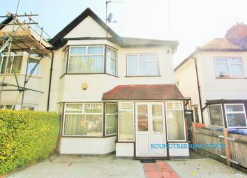 Thumbnail 3 bed property to rent in Aprey Gardens, London
