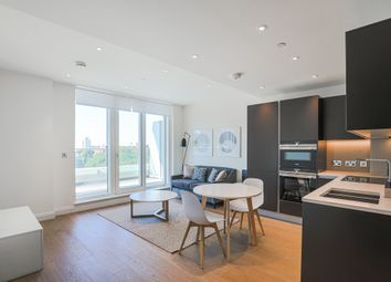 Thumbnail 1 bed flat to rent in Valetta House, 336 Queenstown Road