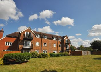 2 bed flat for sale in New Road, Chilworth, Guildford GU4