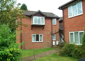 Thumbnail 2 bed flat to rent in London Road, Waterlooville, Hampshire