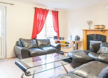 Thumbnail 4 bedroom property to rent in Rectory Square, Stepney Green