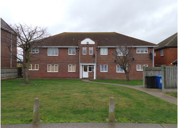 Thumbnail Flat to rent in Anchorage, Western Esplanade, Canvey Island