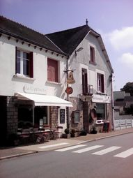 Thumbnail Pub/bar for sale in 56580 Crédin, Brittany, France