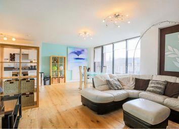 390 Evelyn Street, Deptford SE8. 2 bed flat