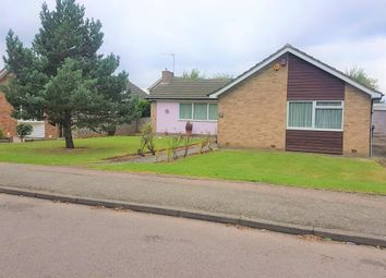 Thumbnail 3 bed bungalow to rent in Jones Road, Goffs Oak, Waltham Cross