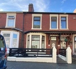 4 bed terraced house for sale in Manor Road, Blackburn BB2