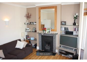 Thumbnail 2 bed flat to rent in Aliwal Road, Clapham Junction