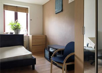 Thumbnail 3 bedroom flat to rent in Wigan House, London