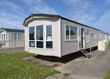 2 bed mobile/park home for sale in Christchurch Road, Barton On Sea, New Milton BH25