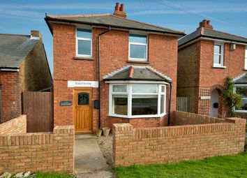 Thumbnail 2 bed detached house to rent in Deal Road, Sandwich