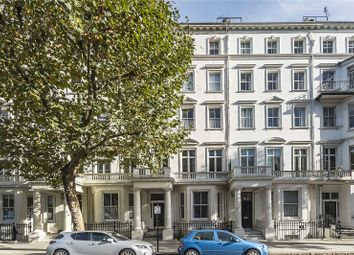 Thumbnail 2 bedroom flat for sale in Queen's Gate, London
