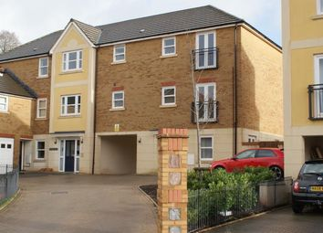 Thumbnail 2 bed flat to rent in Darwin Crescent, Torquay