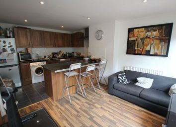 Manchester Road, London E14. 4 bed flat