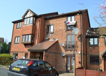 Thumbnail 1 bed flat to rent in Redstart Close, New Cross