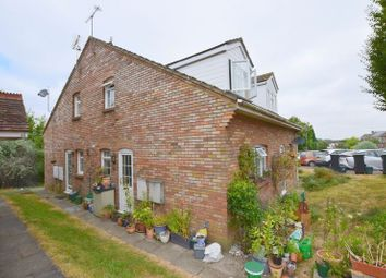 Thumbnail 1 bed terraced house for sale in Hunters Close, Tring