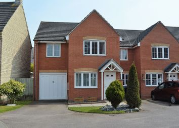 3 bed terraced house to rent in Restharrow Mead, Bicester OX26