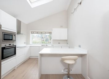Thumbnail 2 bed flat to rent in Lysia St, Fulham, London