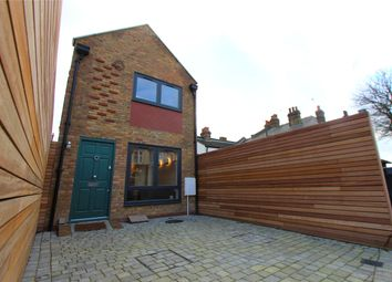 Thumbnail 1 bed detached house for sale in Pall Mall, Leigh-On-Sea, Essex