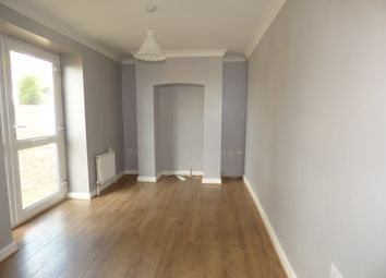 Thumbnail 1 bed flat to rent in Pinewood Road, Newton Abbot