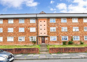 Thumbnail Flat for sale in Knights Way, Ilford, Essex