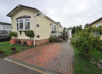 2 bed mobile/park home for sale in Halcyon Park, Pooles Lane, Hullbridge, Hockley SS5