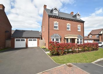 Thumbnail 5 bed property for sale in Woodedge Drive, Droitwich