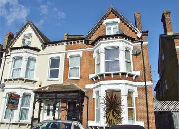 1 bed flat to rent in Morland Road, Addiscombe, Croydon CR0