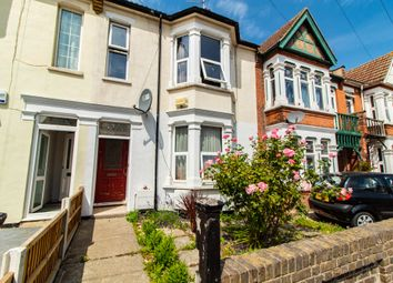 Thumbnail 2 bed flat for sale in Chester Avenue, Southend-On-Sea