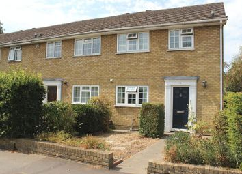 Victoria Mews, St. Judes Road, Englefield Green, Egham TW20. 3 bed end terrace house