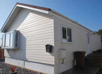 Thumbnail 2 bed mobile/park home for sale in Willow Close, Kingsmead Park, Allhallows, Rochester