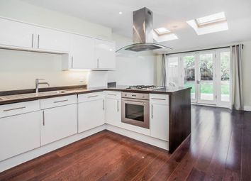Thumbnail 4 bed flat to rent in Northwold Road, London