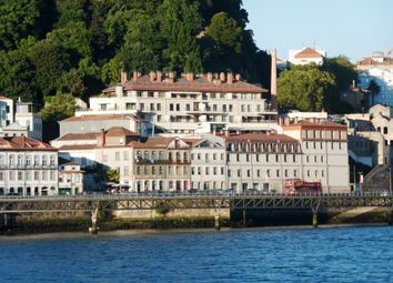 Thumbnail 5 bed apartment for sale in P372, 5 Bedroom Apartment Close To The Douro River In Porto, Portugal, Portugal
