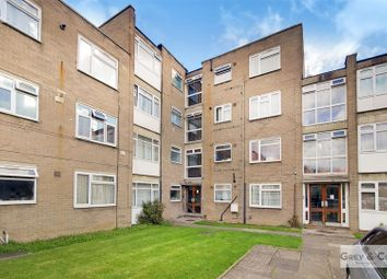 Thumbnail Flat to rent in Poplar Grove, Wembley