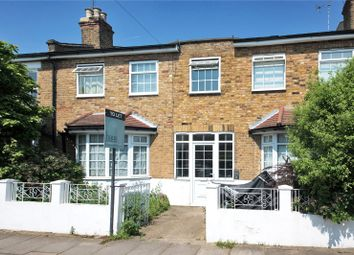 Thumbnail 1 bed flat to rent in Glebe Street, Chiswick, London