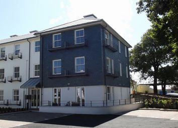Thumbnail 2 bed flat to rent in Emslie Road, Falmouth
