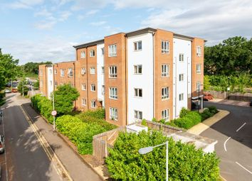 1 bed flat for sale in Mayfield Road, Hersham, Walton-On-Thames KT12