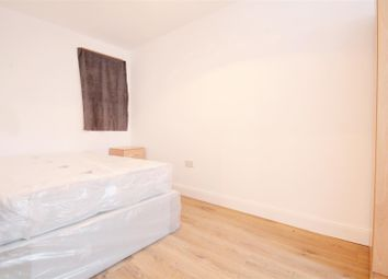 Thumbnail Property to rent in Chambers Lane, London