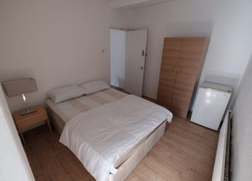 Room to rent in Room 2, 87A Camden High Street, London NW1