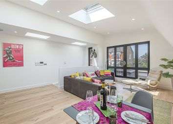 Dashwood Road, Crouch End, London N8. 2 bed detached house