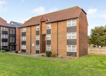1 bed flat for sale in Straight Road, Romford RM3