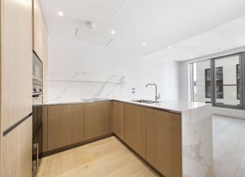 10 Park Drive, Canary Wharf, London E14. 1 bed flat