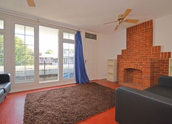 3 bed maisonette to rent in Hind Grove, London E14