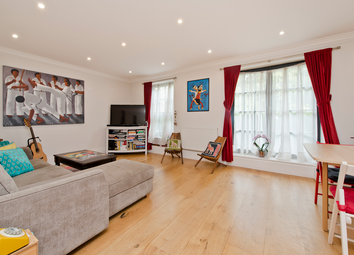 Thumbnail 2 bed flat for sale in Lough Road, Islington