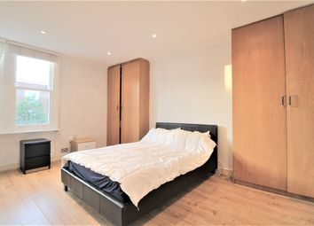 Thumbnail 2 bed flat for sale in Parli, London