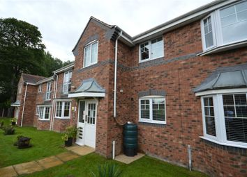 2 bed flat for sale in Fairway View, Wakefield, West Yorkshire WF2