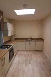2 bed flat to rent in Cavendish Road, Bournemouth BH1
